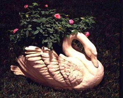 Large Garden Swan Planter And Sculpture