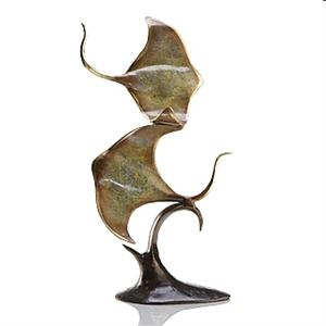 Double Sting Ray Sculpture